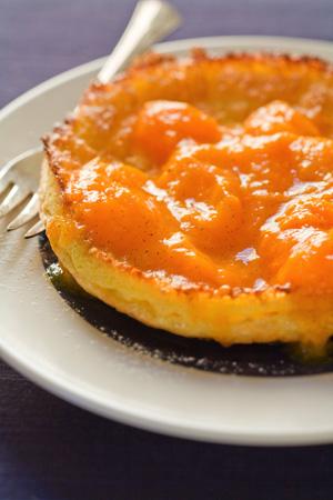 Dutch Baby Pancake with Vanilla Apricot Sauce